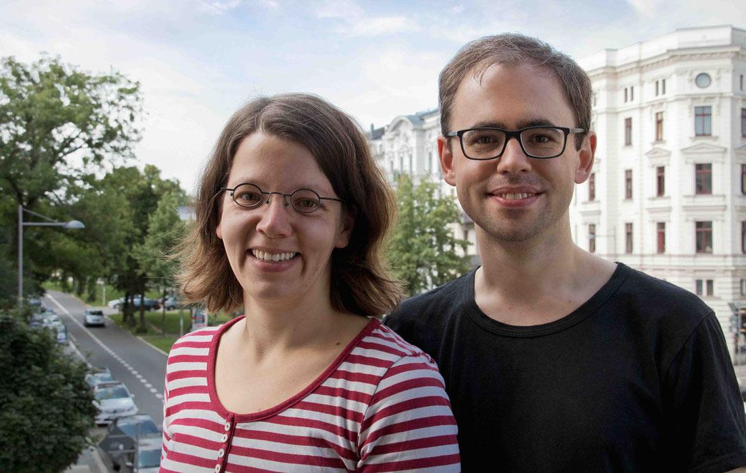 Carola Berbuer, Geigenbauerin, und David Berbuer, Geigenbaumeister in Leipzig.