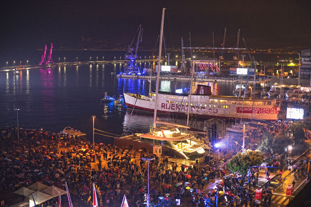 Die Eröffnungsfeier des Kulturhauptstadtjahres im Februar 2020 war noch sehr lässig, dann kam aber Corona... / www.rijeka2020.eu