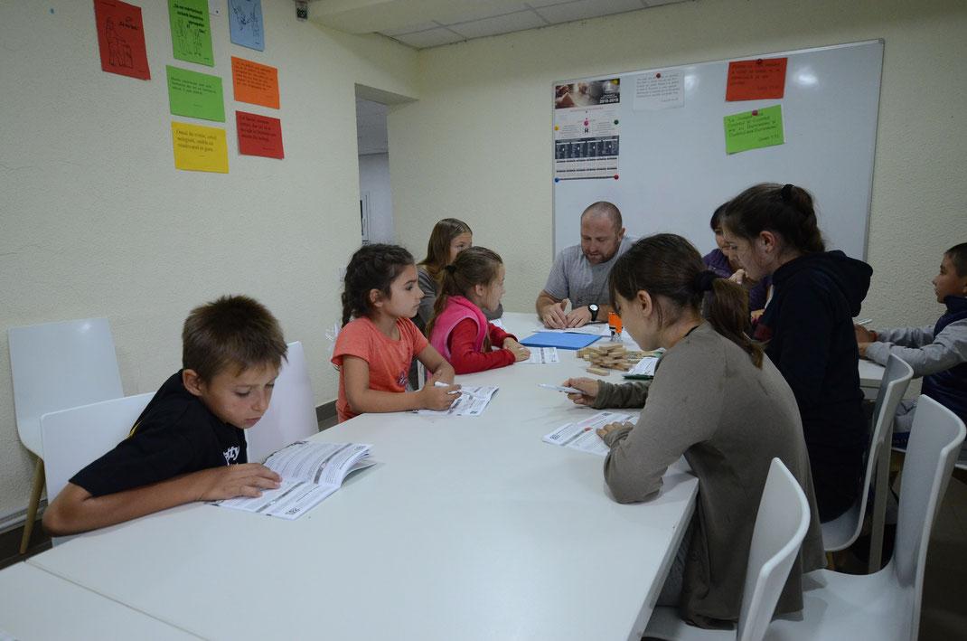 Bibelstunden im Gemeinschaftszentrum Contemir