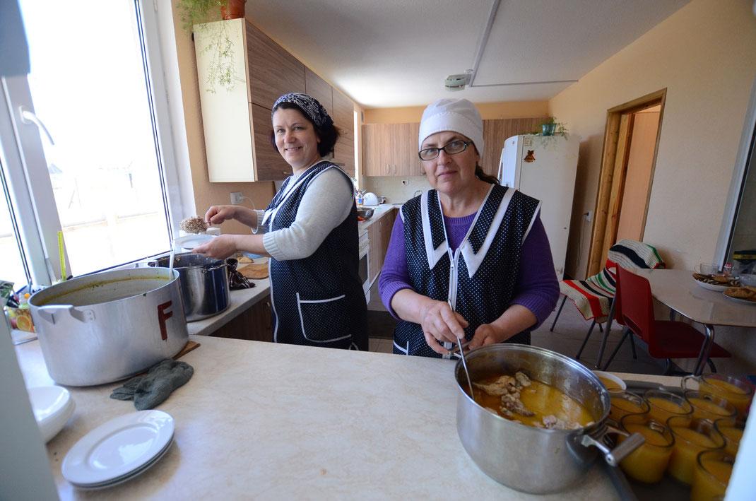 Köchinnen im Gemeinschaftszentrum Palanca