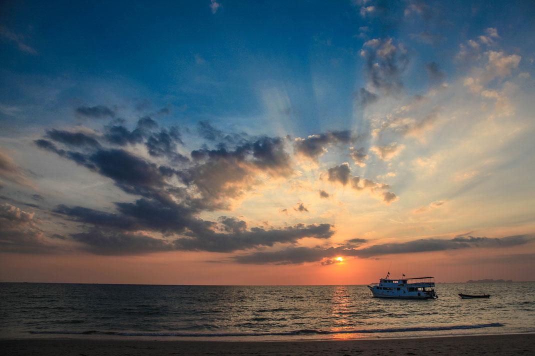 Island Sunset | Koh Lanta