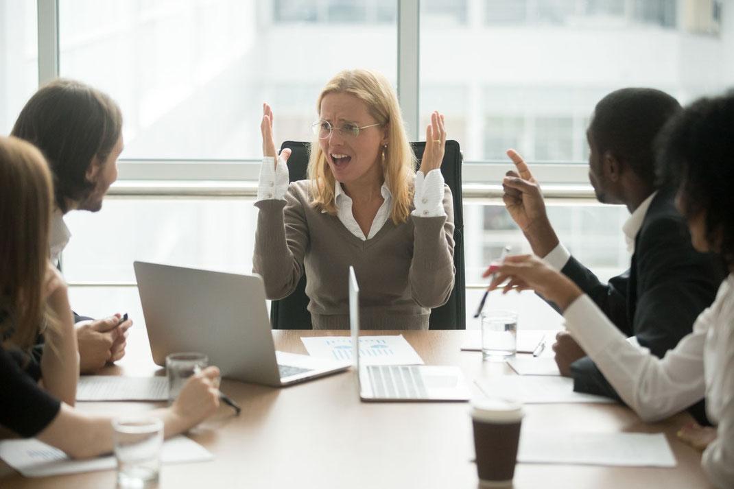 Wie Sie Konflikte im Team als Erfolgsbooster nutzen und damit die Ergebnisse steigern und die Stimmung verbessern, erfahren Sie in diesem Workshop.