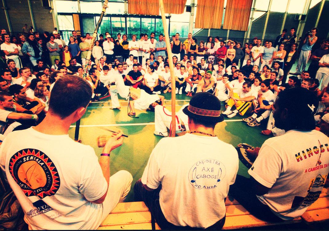capoeira toulouse enfant. Capoeira enfant à Toulouse, Castanet, Montauban. Cours de capoeira enfant à Toulouse. Enfant capoeira Toulouse.