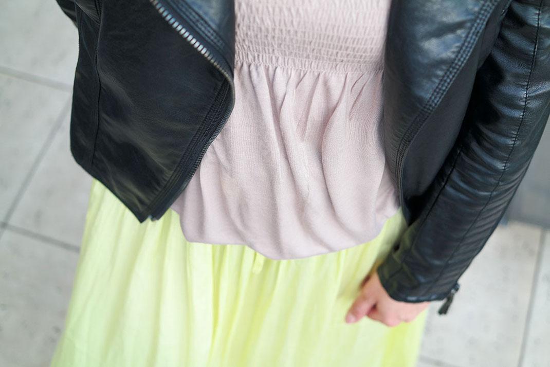 Outfit Maxirock   Mein erster Sommerlook mit meinen neuen Vidorreta Espadrilles, Maxirock & rockiger Lederjacke