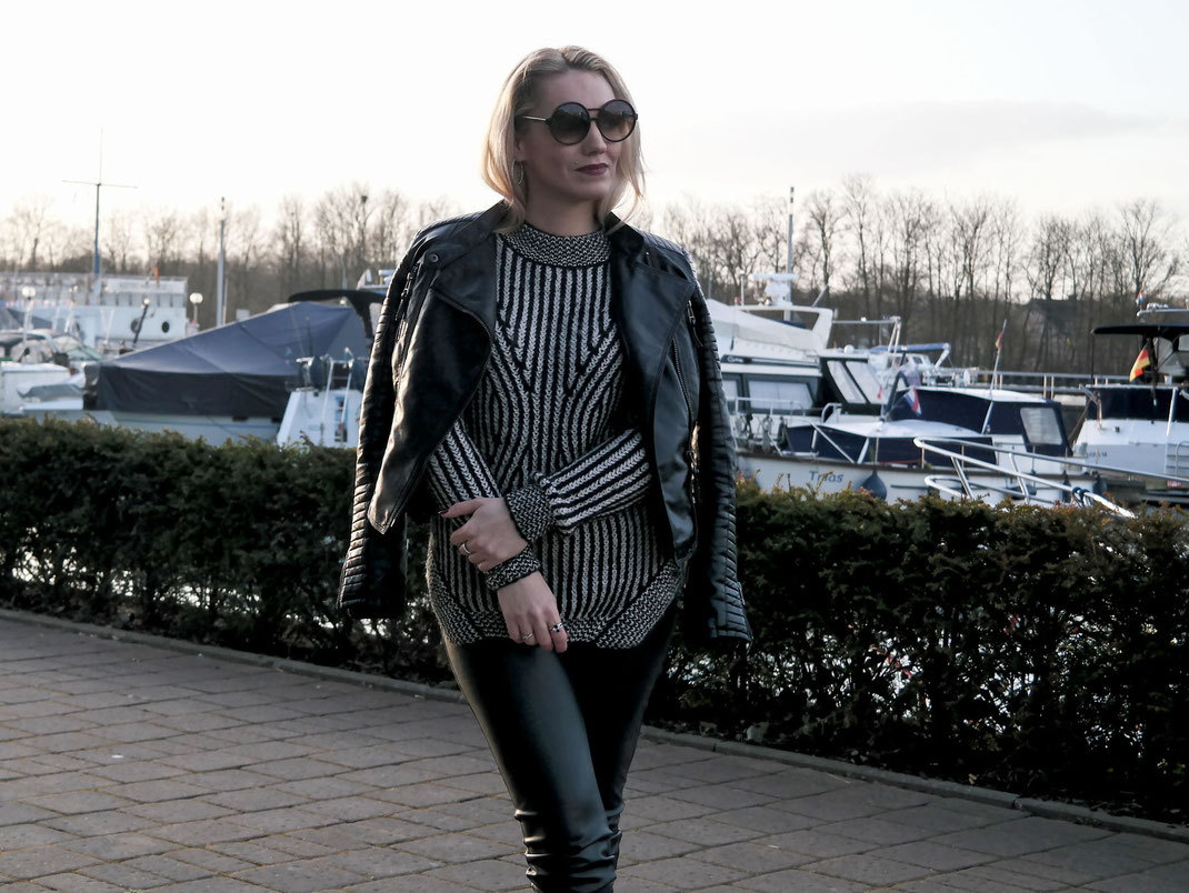 One kind of Love | Black´n White Sweater Fornarina Shane Almond Tricot & Leather Look