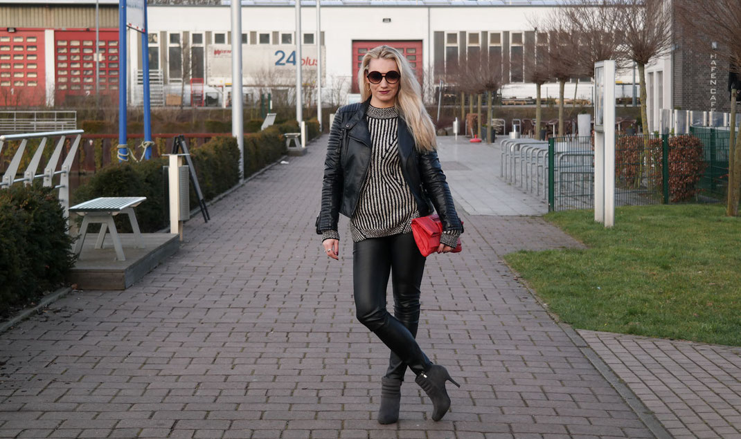 One kind of Love | Black´n White Sweater Fornarina Shane Almond Tricot & Leather Pants