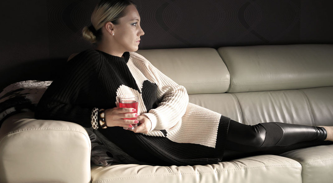 Knitwear | Warum Kuschelpullis im Sommer keine Schande sind! River Island Colour Block Heart Jumper Dress | Cozy Sweater