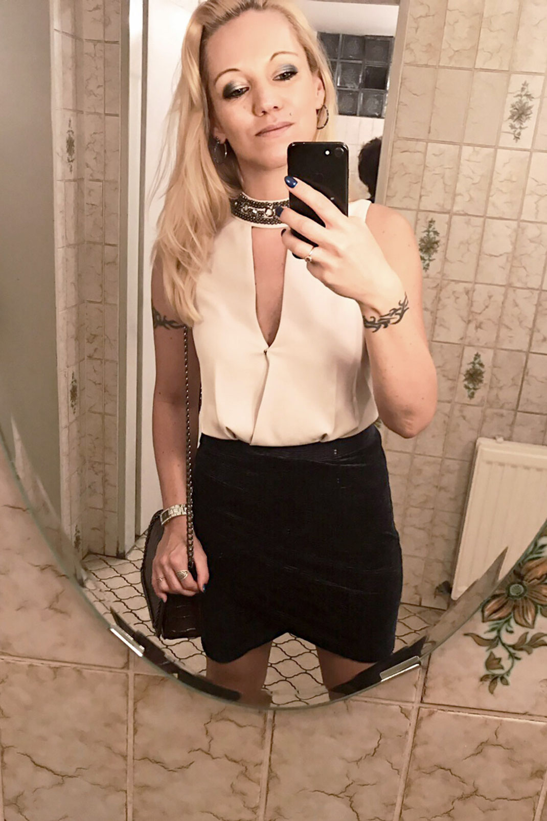 Style Trend Asymmetric Skirt: Asymmetrische Röcke sind nicht nur unheimlich sexy, sondern vor allem auch ein heißer Eyecatcher im sonst so tristen Herbst. Zumindest findet das Bloggerin Franny Fine | Hot Port Life & Style | 30+ Style Blog