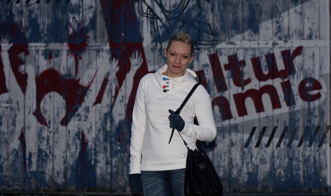 Outfit Hoodie Love | Der Gaastra Pump Kapuzenpulli ist der neue Star auf meinem Blog und in meinem Kleiderschrank | hot-port.de | 30+ Blog