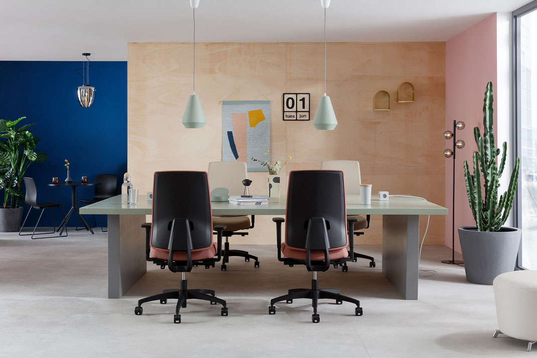 Dauphin Human Design Group, Bürodrehstuhl, Indeed, Design, Rüdiger Schaack, Indeed Mesh, Indeed Operator