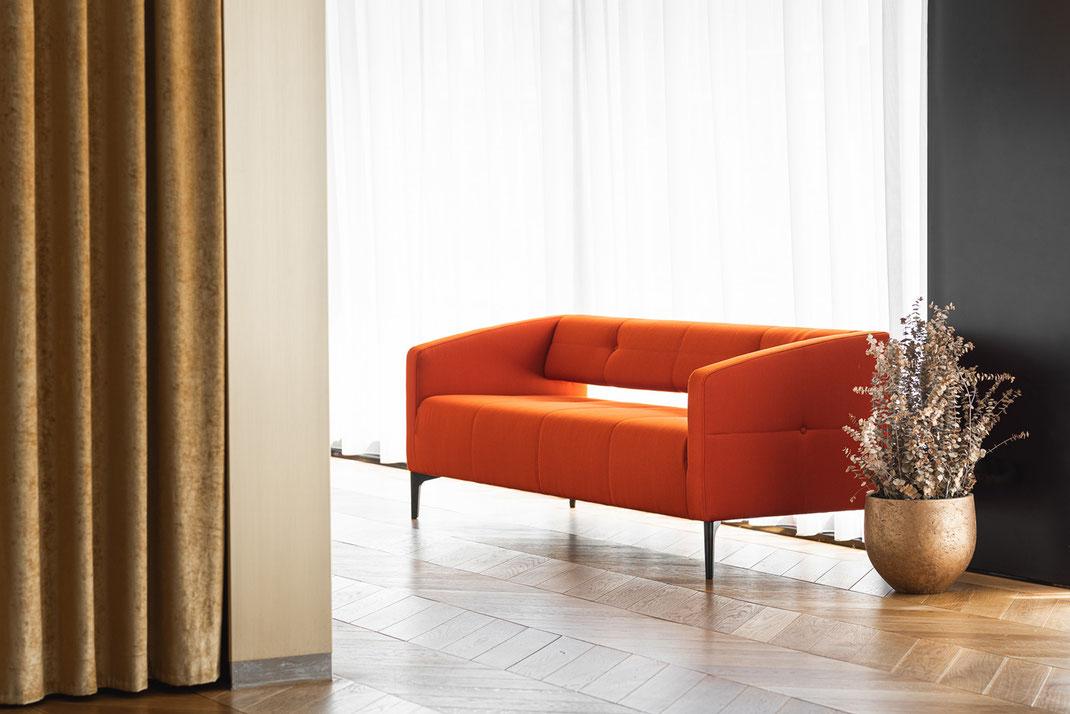 Züco Bürositzmöbel Ag, Sofa, Lounge Gruppe, Manufaktur, Design, Destino, Absteppung, Polsterknopf