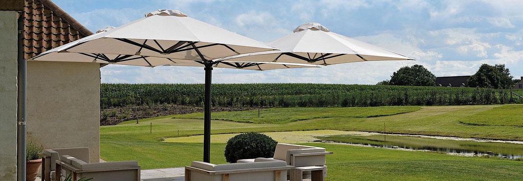 Seitenmast Sonnenschirm für die Gastronomie