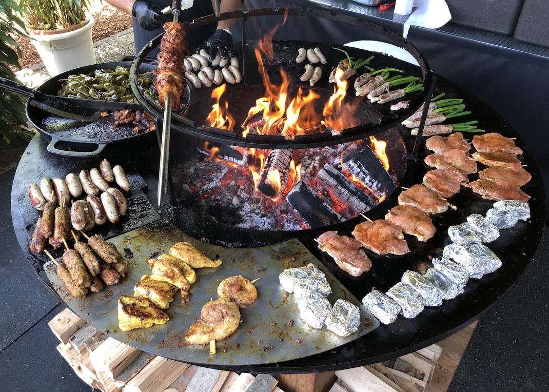 BBQ im Biergarten in einer Gastronomie