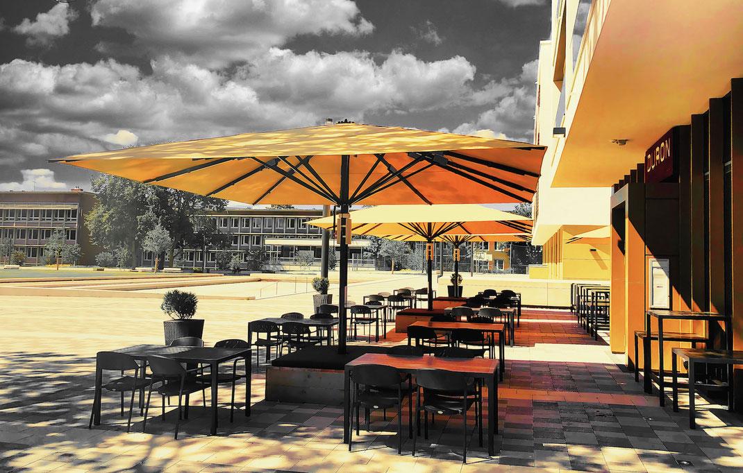 Traumhafte Terrasse an einem Dorint-Hotel