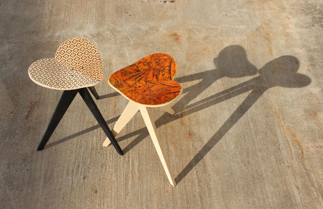 skateboard chair, skateboard stool, skateboard stuhl . Modernes und stylisches Leben. Setze dich mit einem guten Gewissen. Ökologische Arbeit aus Stuttgart. Dreibeiniger Hocker gefertigt aus einem alten Skateboard. Chairaffair.