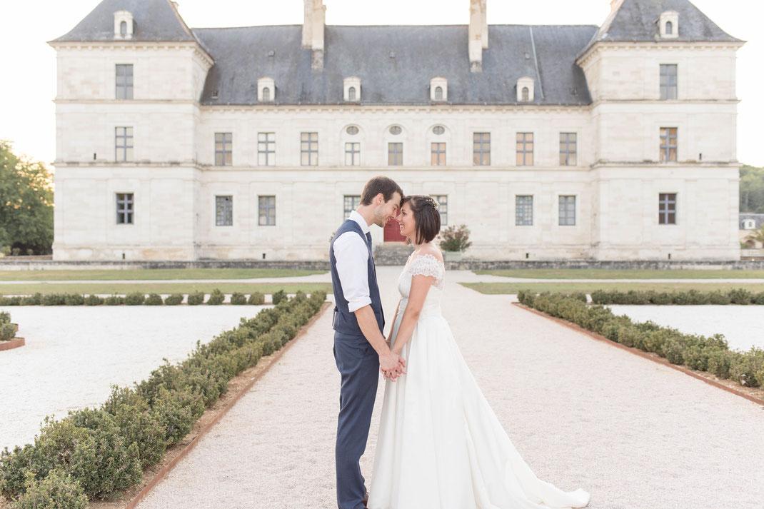 photographe mariage ancy le franc; chateau ancy le franc; chateau ancy; chateau bourgogne mariage; photographe mariage bourgogne; photo couple mariage; site photographe mariage