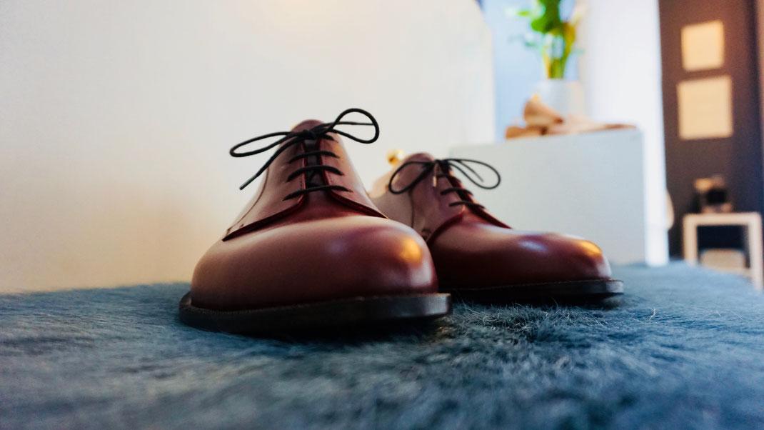handgefertigter Mass-Schuh Ende 2019
