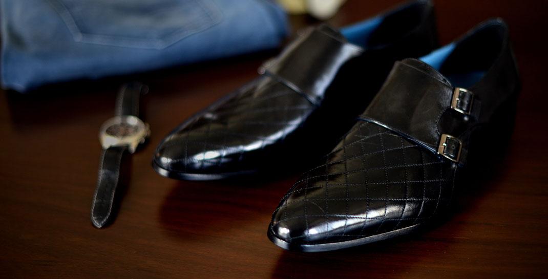 Edle schwarze Herrenschuhe mit Doppelschliesse in Echt-Silber