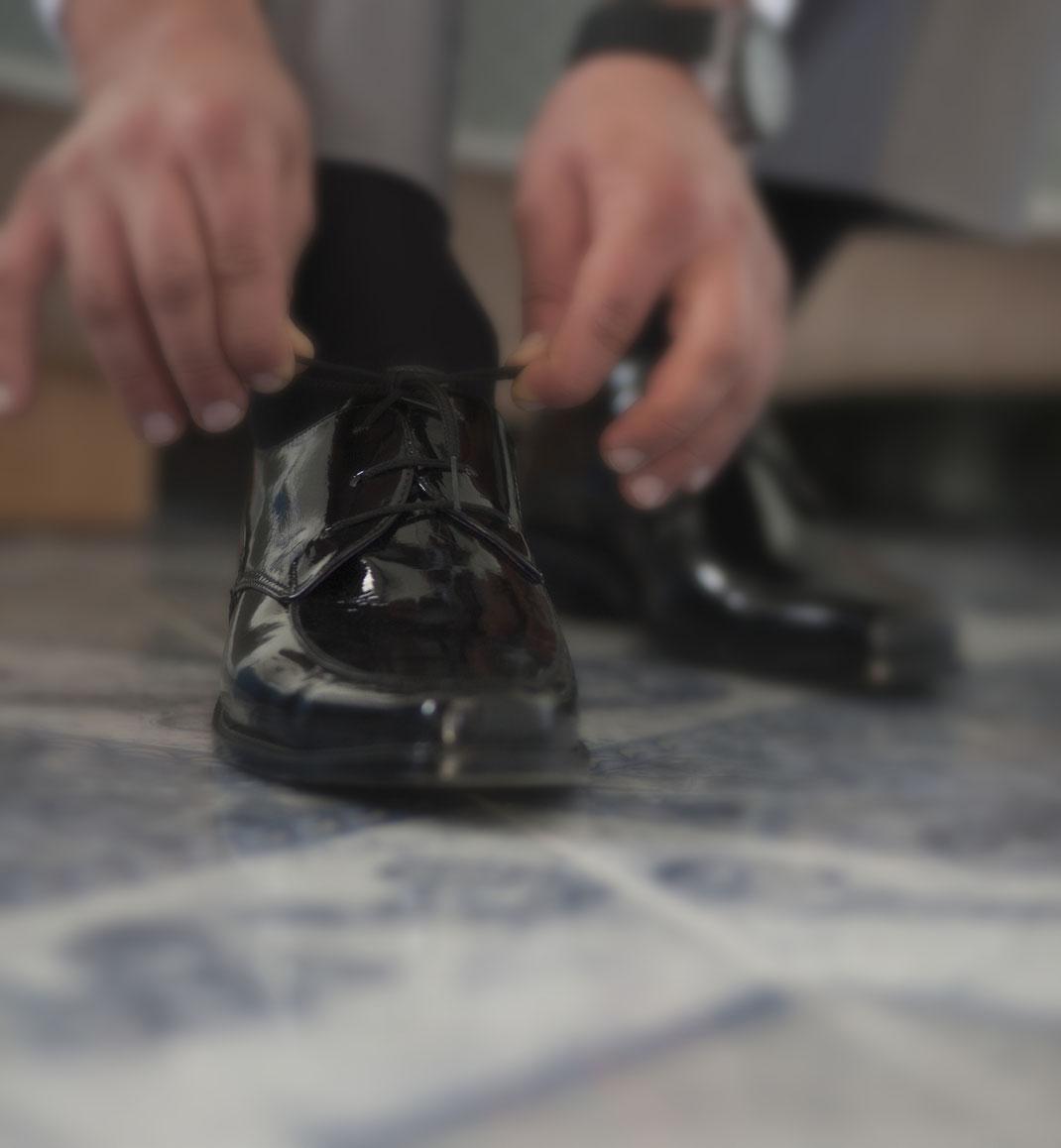 Edler Business-Schuh für Herren in schwarz ausgeführt und lackiert