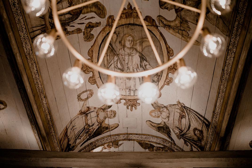 kirche, moisburg, steinkirche, gemälde, engel, lampe, decke, kunst, trauung, kirchliche trauung,