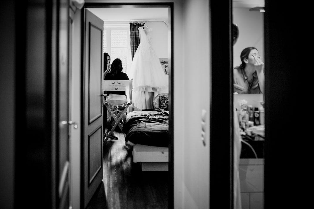 hotel altes land, jork, buxtehude, fotografin, harsefeld, hochzeit, wedding, kutsche, döscher, ins glück, pferde, getting ready, moisburg kirche, trauung, real, realwedding, vanessa teichmann samuelsen, fotografie, fotograf