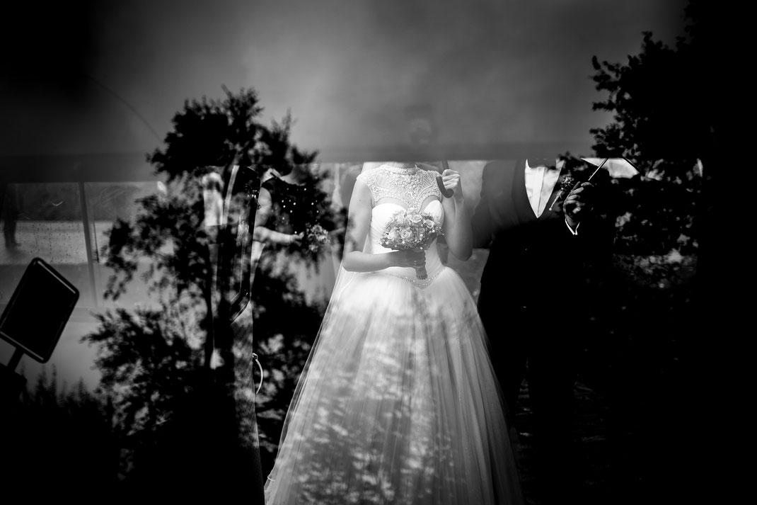 Sittensen, Niedersachsen, Hochzeitsfotografin, Hochzeitsfotograf, Fotograf, Fotografin, Stade, Harsefeld, Ruschwedel, Vanessa, Teichmann, Samuelsen, Kirche, Kirchliche Trauung, Braut, Bräutigam, Bride, Grom, Ehe, Wedding, Weddingshoot, Oldtimer, Bully,