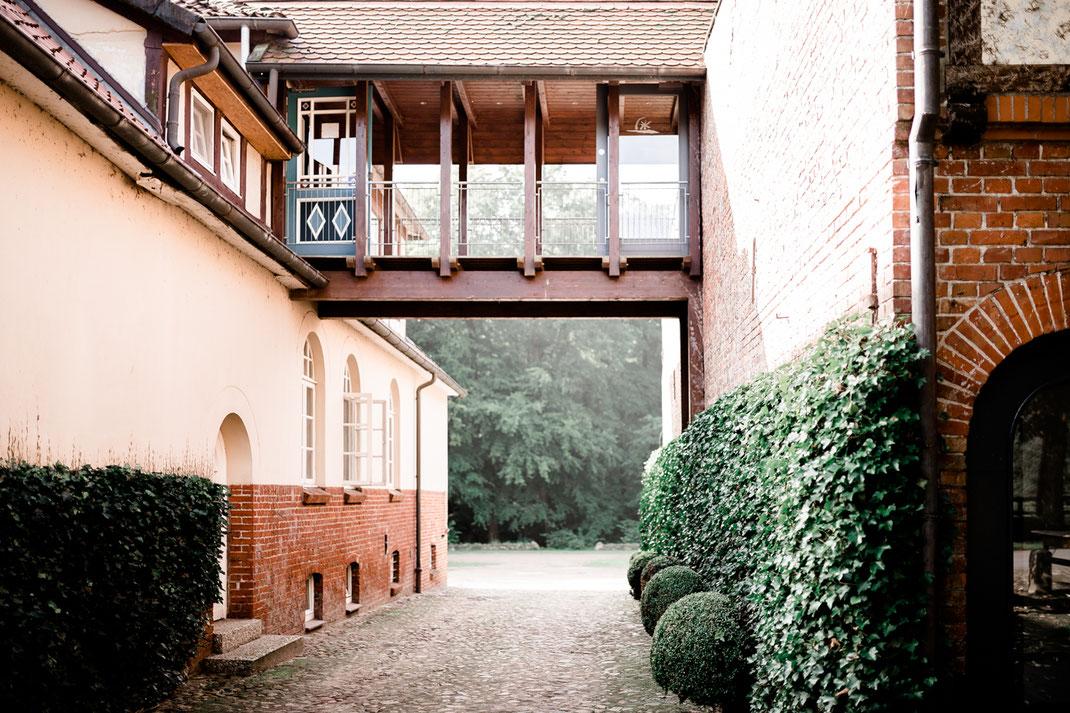 Hotel zur Klostermühe, Hochzeit, Wedding, Buxtehude, Sittensen, Stade, Harsefeld, Hamburg, Bremen, Vanessa Teichmann Samuelsen,  Hochzeitsfotograf, Fotografin, Hochzeitsfotografin, Jork, Meckelsen,  Vintage, Boho
