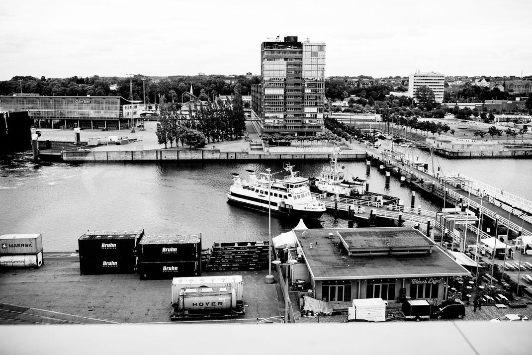 Kiel, Standesamtliche Trauung, wedding, realwedding, stade, bremen, hamburg, jork, zeven, Deck 8, Atlantik Hotel Kiel, Party, Feier, Hochzeit, brautpaar