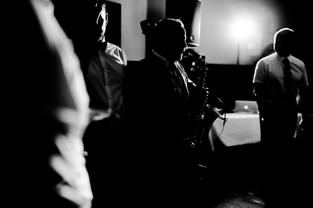 Alina, Freddy, ROW, Niedersachsen, Wedding, Hochzeit, Trauung, Standesamt, Traumhochzeit, idee, heimathaus, gruppenbild, braut, bräutigam, groom, bride, ehepaar, brautpaar, hochzeitspaar, Bremen, Buxtehude, Stade, Hamburg, Vanessa, Christian Gastl
