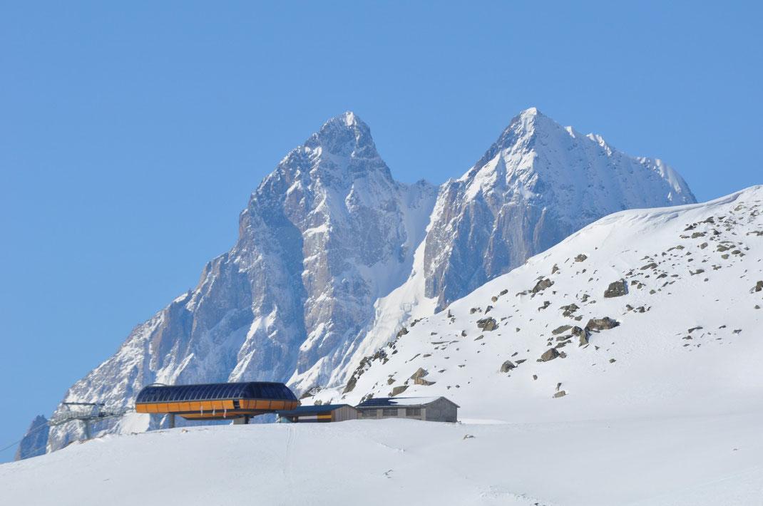 The new top station of the Tetnuldi ski area. In the background Mt. Ushba (4'710m). Mestia, Caucasus, 19/02/2016.