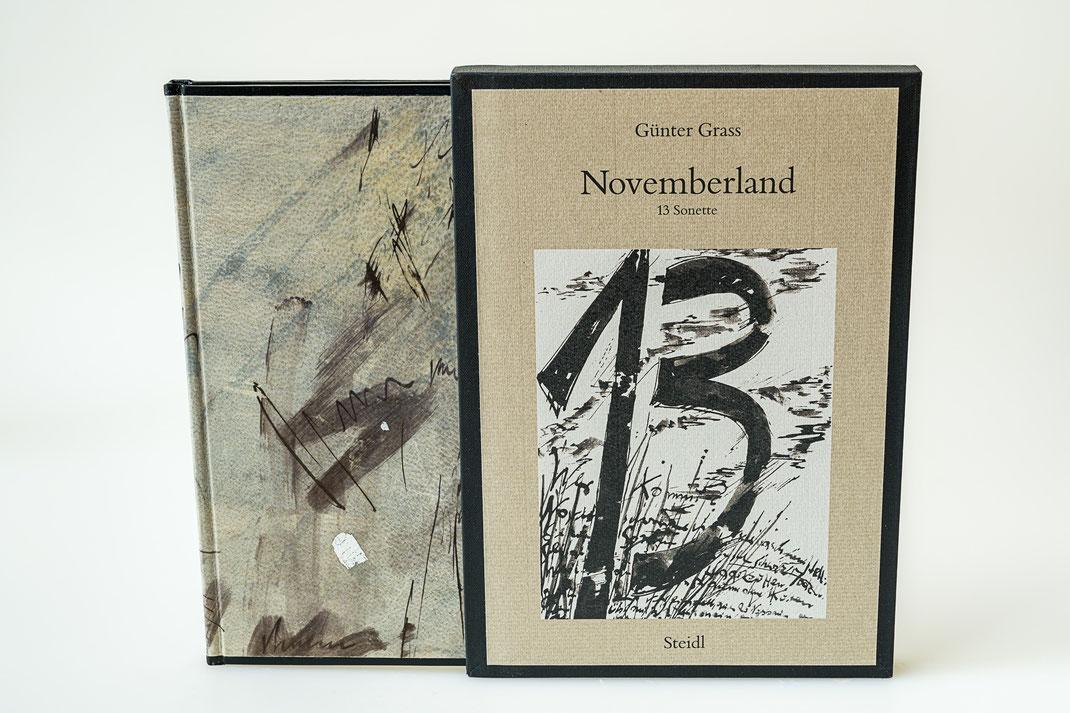Ganzpergamentband zu Novemberland von Günter Grass, Schuber mit Originalschutzumschlag des Steidel Verlags, verkauft