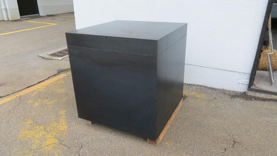 Metallwürfel 800x800x800 als Gartendeko oder siehe weitere Fotos  Fr.  2850.-