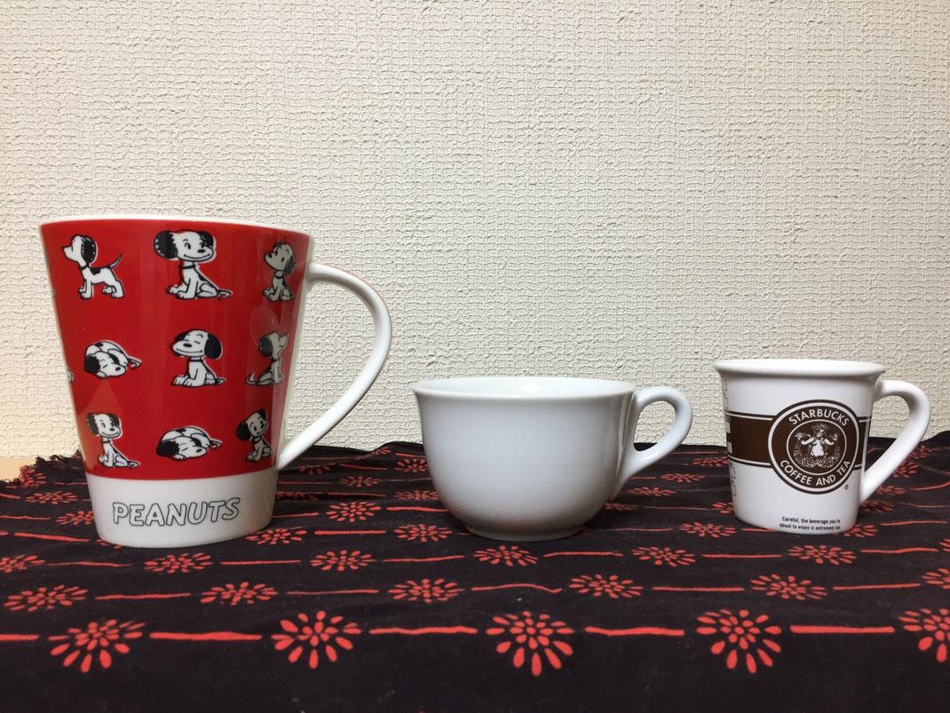 カップの写真3点。マグ、コーヒーカップ、デミタス。