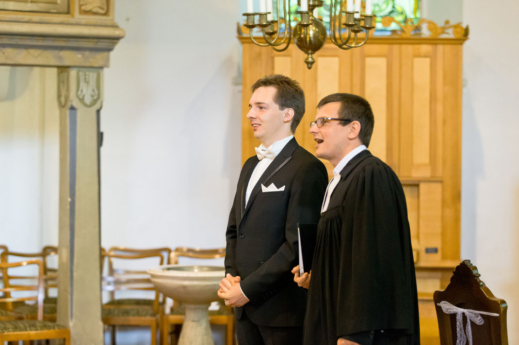 kirchliche trauung neudorf, heiraten in neudorf, kirche neudorf