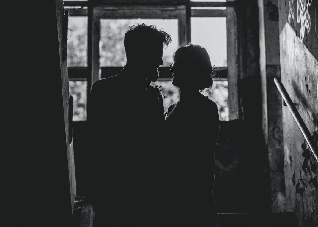 Hochzeitsfotos im gegenlicht