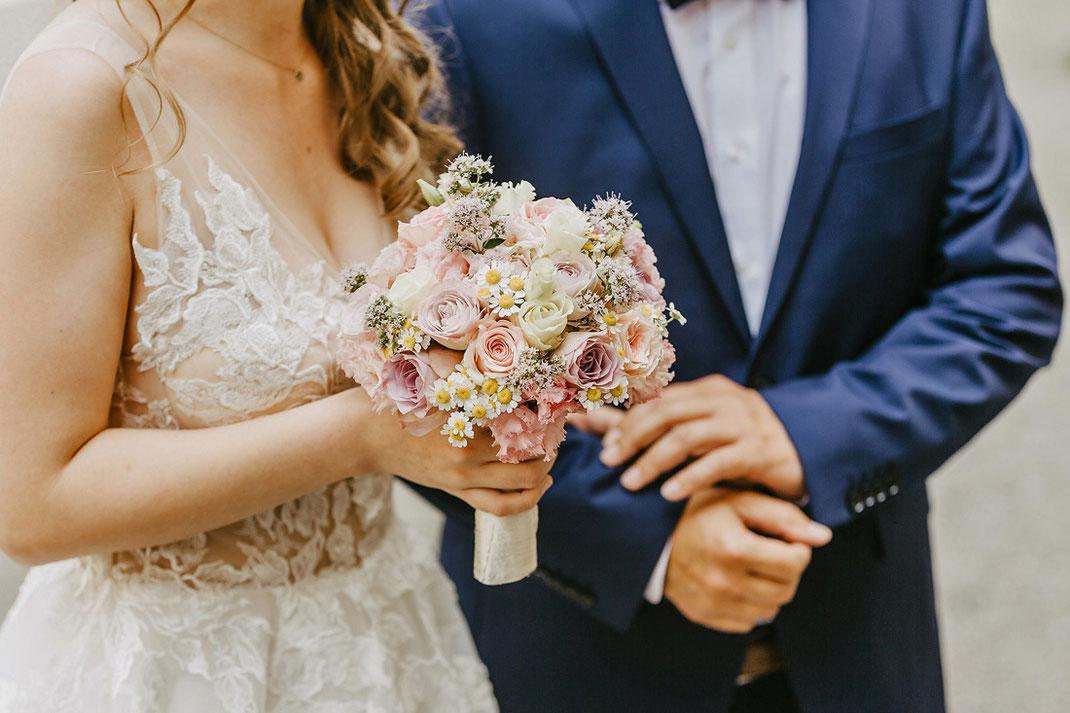 Brautstrauß rosé zarte Farben