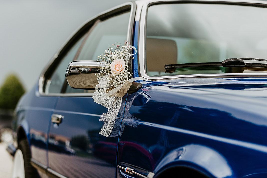 BMW blau Deko Hochzeit