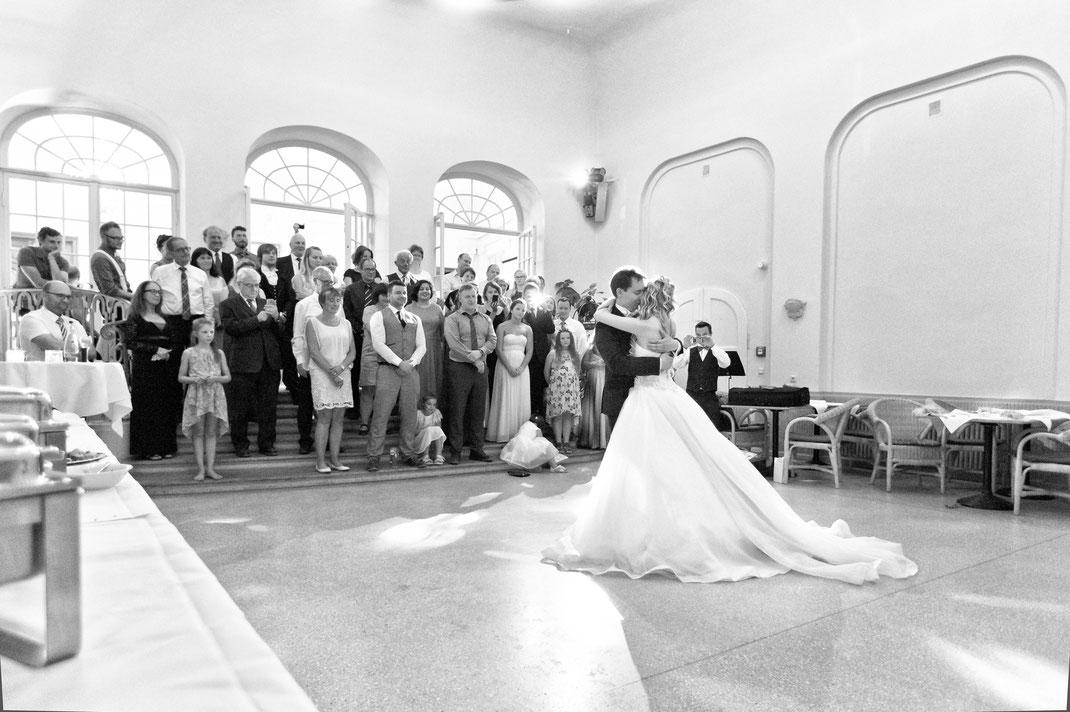 hochzeitstanz, braut, bräutigam, barutkleid, hochzeitsfotograf chemnitz