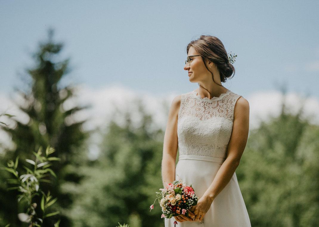 braut zur hochzeit im freien von Hochzeitsfotograf ben pfeifer