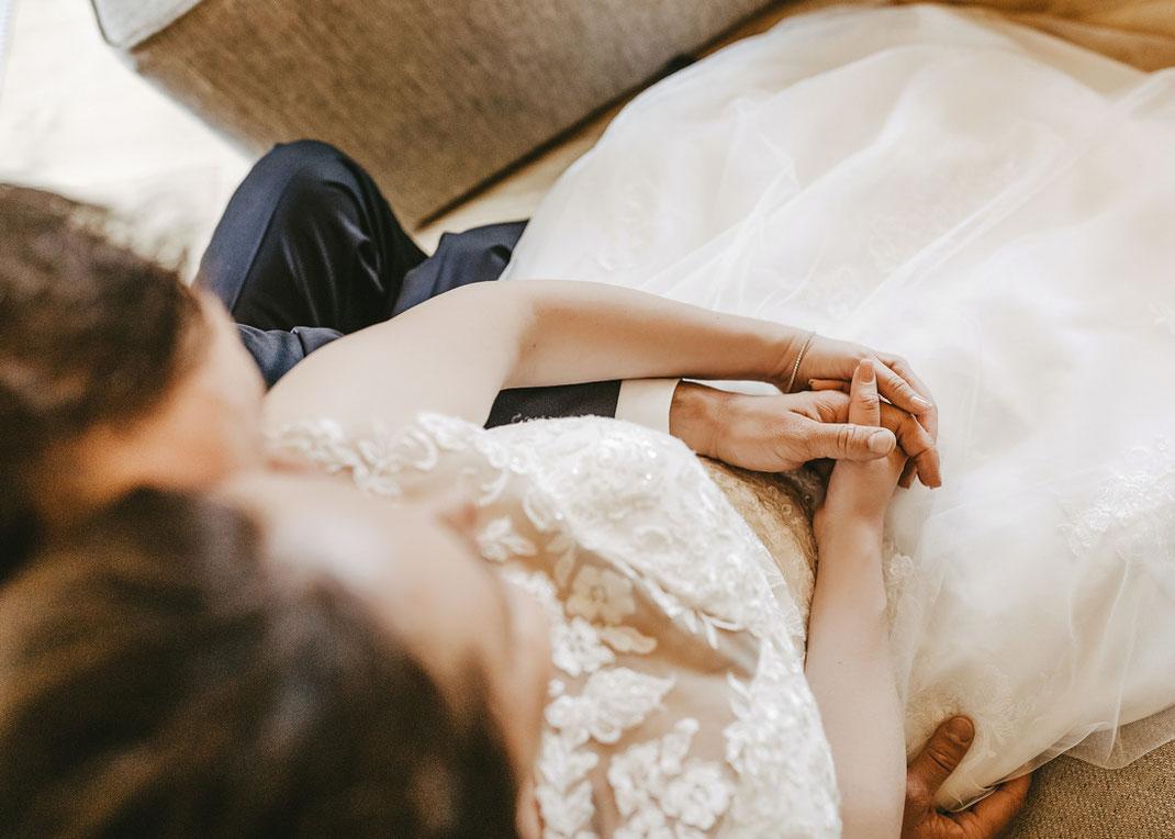Hand in Hand Hochzeit
