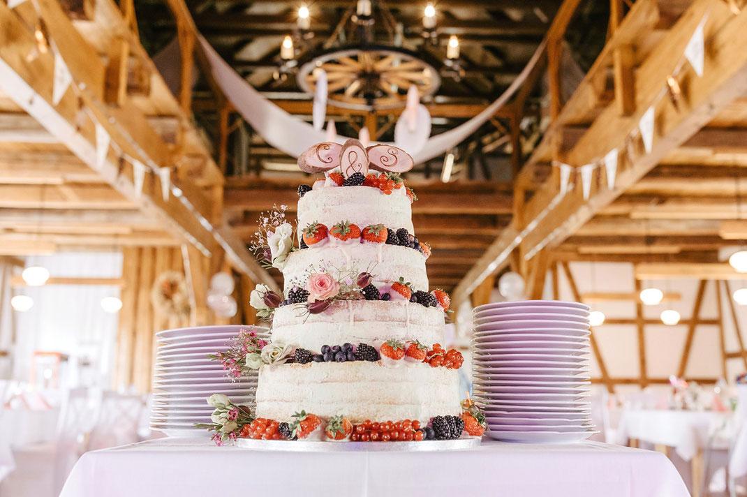 Hochzeitstorte, Tortenfantasy Zschopau, Foto, Torte, hochzeit. Hochzeitstorte erdbeeren