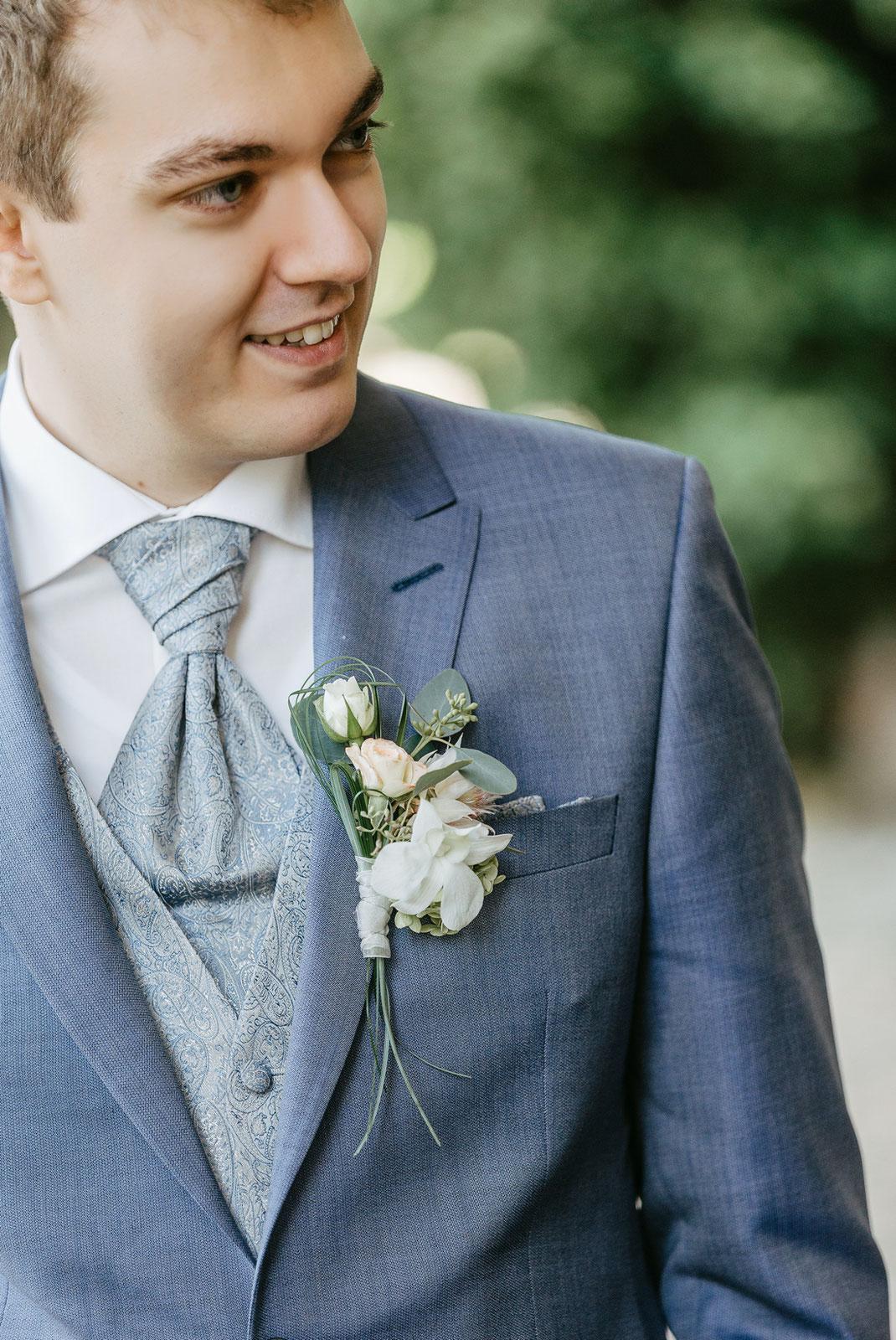 schloss Waldenburg hochzeit, Anzug Hochzeit blau