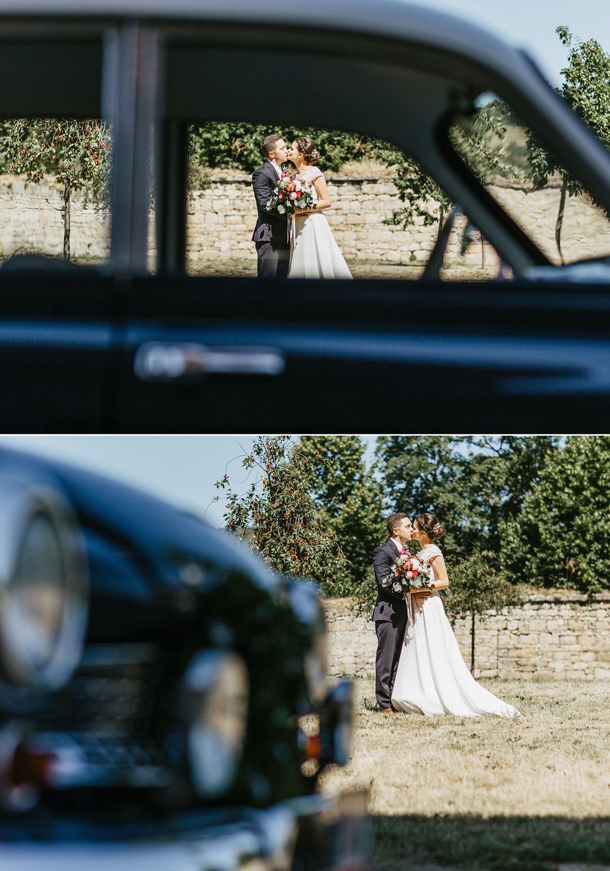 Hochzeitsfotos mit Auto