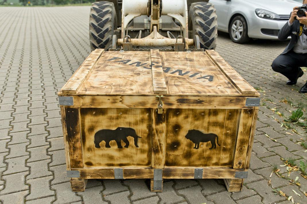 Tansania Kiste Box, Hochzeitsreise Tansania