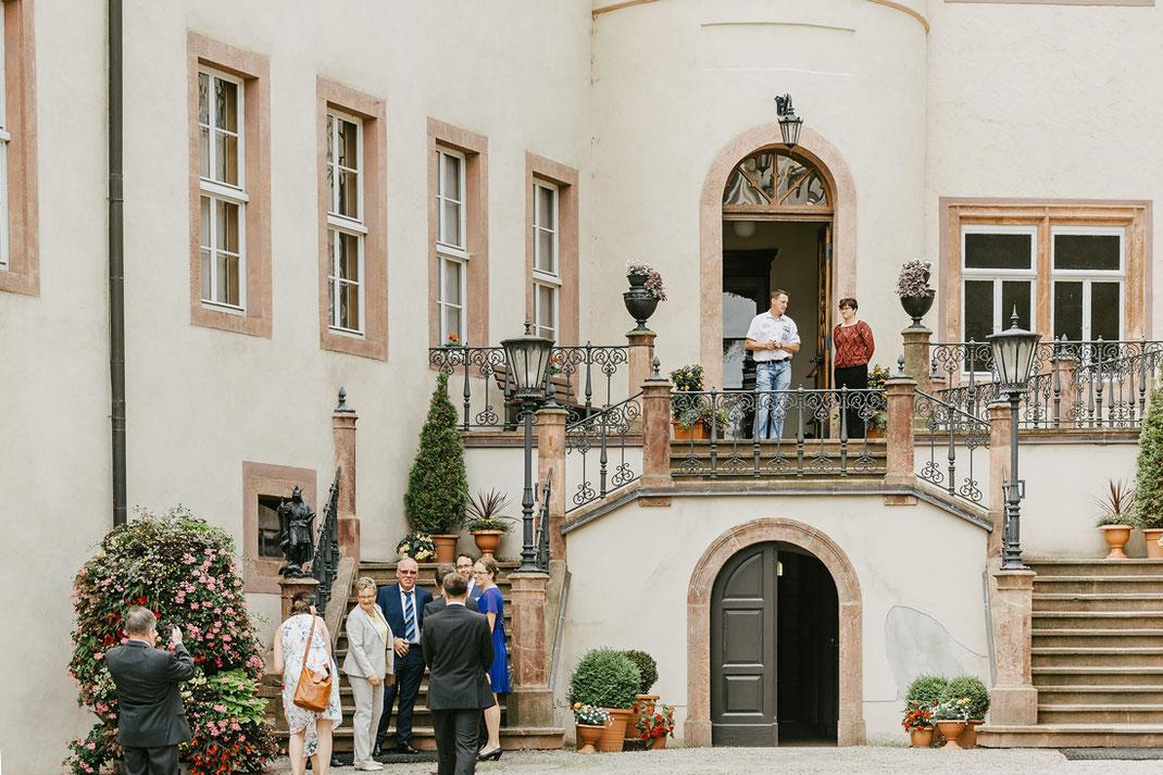 Schloss Wolkenburg Schlosshof