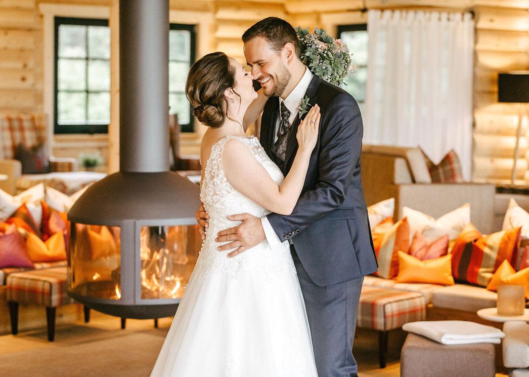 Hochzeit Oberwiesenthal von Fotograf Ben Pfeifer, Relax Lodge im Hotel Jens Weissflog, Hochzeitsfotograf Oberwiesenthal, Hochzeit Fotos Oberwiesenthal
