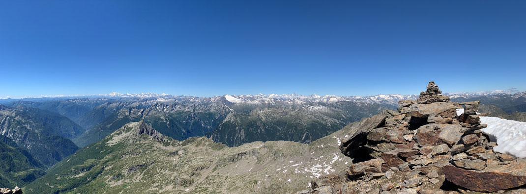 Gipfelaussicht Pizzo Campo Tencia