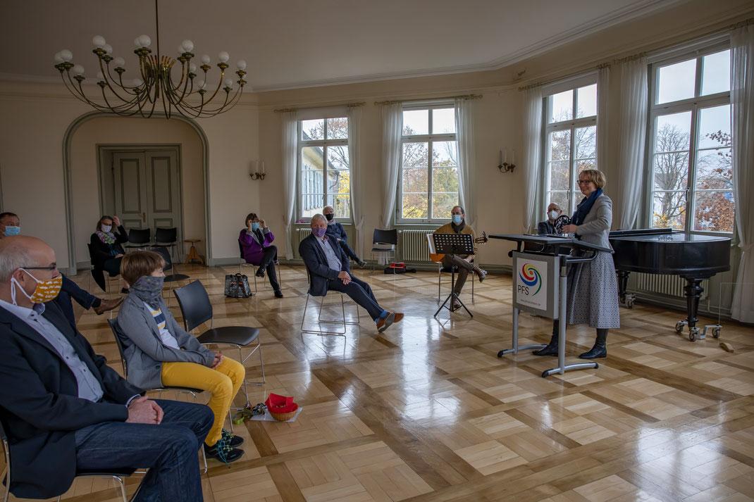 SAF Kirchheim - Presse - Einsetzung von Frau recknagel-Saller als neue Direktorin am Seminar
