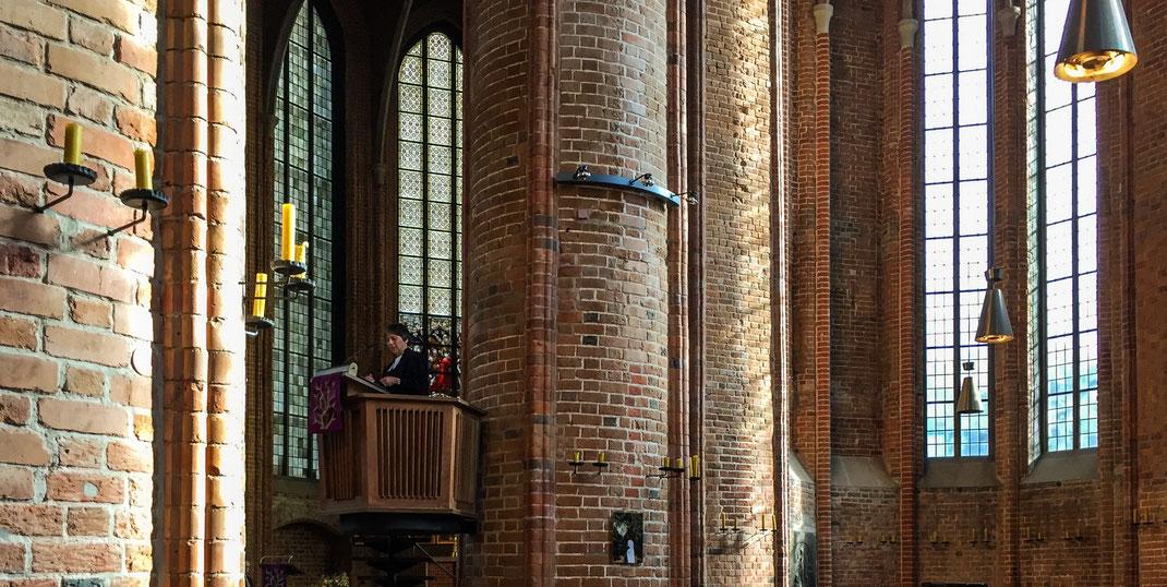 Margot Käßmann predigt in der Marktkirche