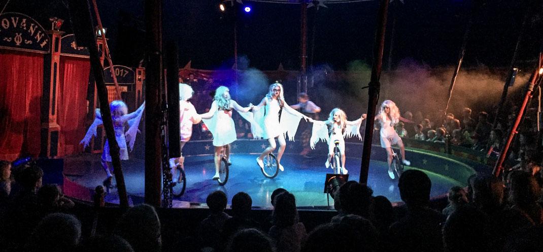 Im Zirkus Giovanni